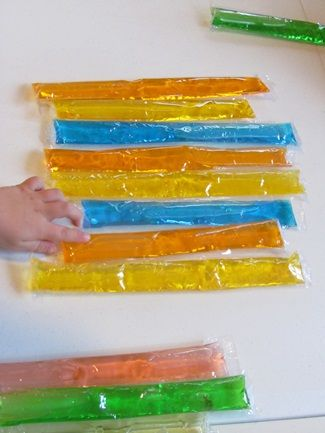 """""""Polines"""" de colors per jugar a la taula de llum!"""