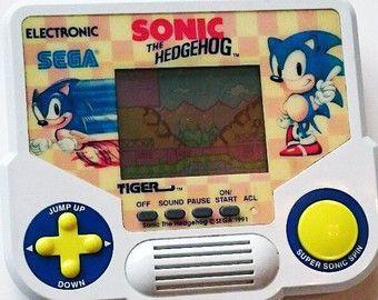 Vintage Sonic the Hedgehog 1988 Tiger Electronics Handheld Video Game