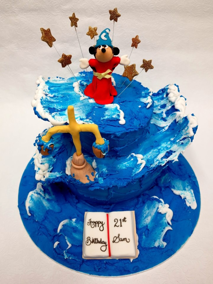 Cake Designs Coffs Harbour : 1000+ images about Mickey Mouse & Minnie Mouse cakes on ...