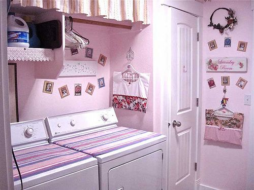Cute pink laundry room.  :)  IMG_1577 by idahofam, via Flickr
