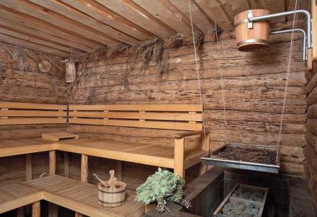 Полки для бани: комфортно и красиво. Цены, материалы, фото ...