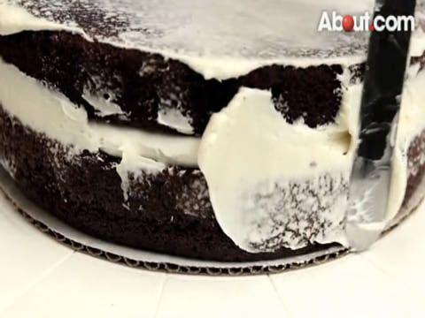 the 25+ best beginner cake decorating ideas on pinterest | icing