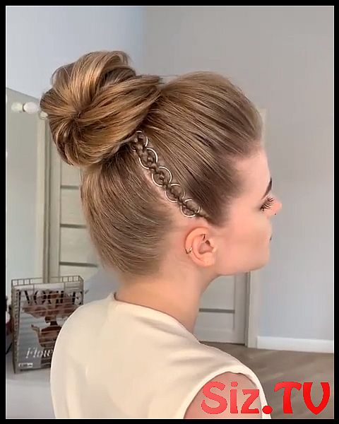 Amazing Updo Hairstyle Idea 2019   A Chic Style Of Hairstyle That Would Get You Going For All Your Casual Lazy Days Spring Mornings Sunny Afternoons S...