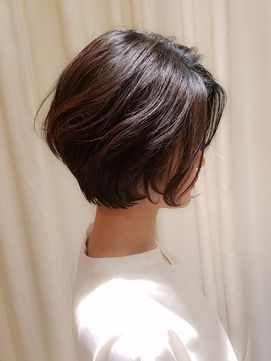 【VIRGO】40代50代 前髪なしのゆるふわパーマの大人ショートボブ/VIRGO  【ウィルゴ】をご紹介。2018年春の最新ヘアスタイルを300万点以上掲載!