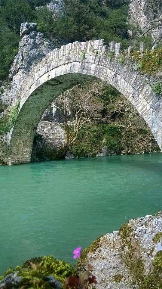Klidonias stone bridge, Aristi, Greece