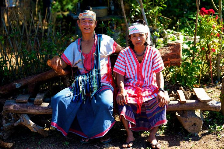 Mingalabar from Karen State.  We're Karen people and we live in Hpa-An. Come and share our world!   #ethnic #tradition #attire #fashion #mon #myanmar #burma