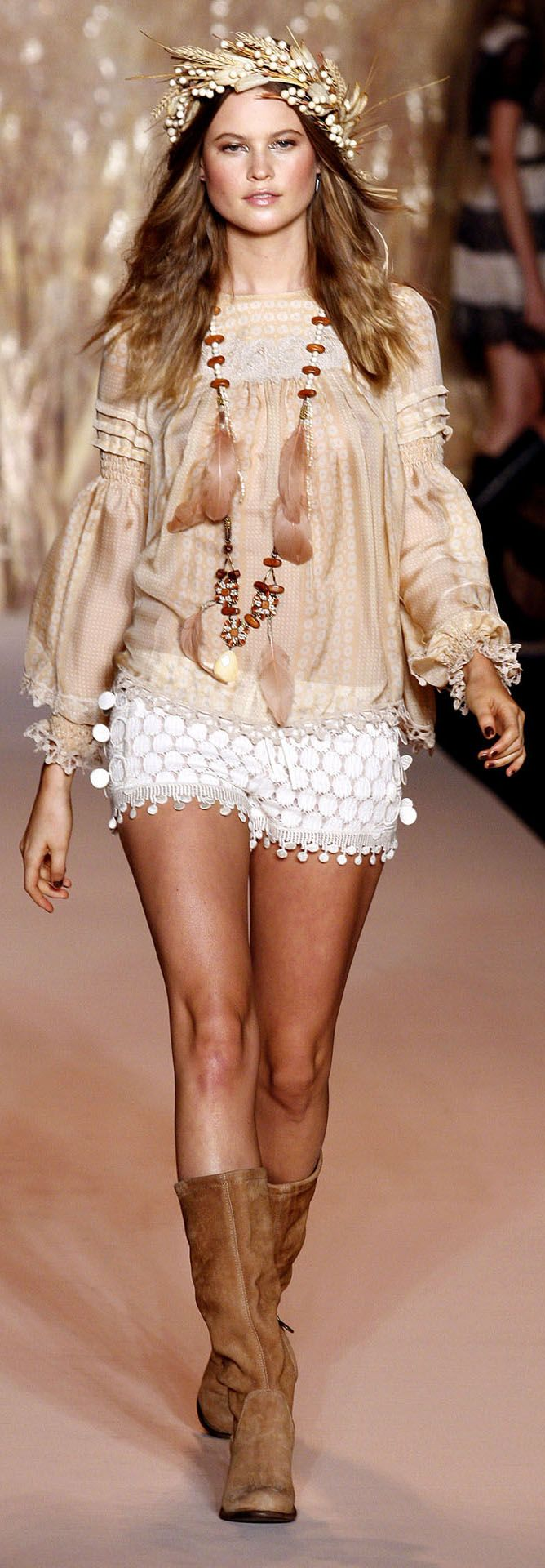 http://www.vogue.co.uk/fashion/spring-summer-2011/ready-to-wear/anna-sui/full-length-photos#