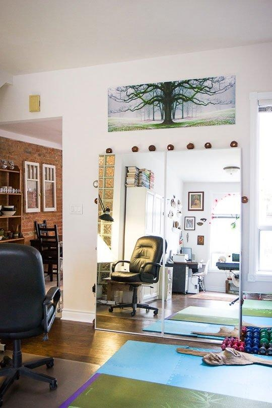 two next to each other to create 1 large mirror. Best 25  Large floor mirrors ideas on Pinterest   Floor mirrors