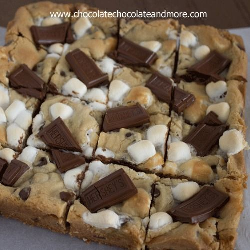 Smores Cookie Bars : Graham Cracker, Hershey's Chocolate and marshmallow wrapped up neatly in a bar