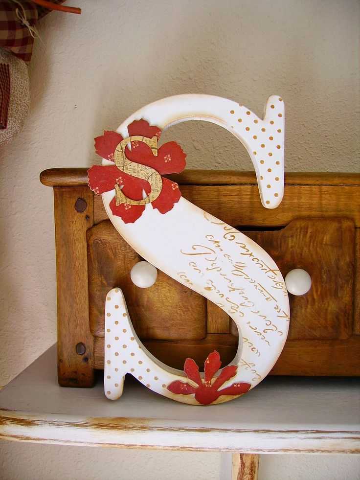 53 best letras de madera decorada images on pinterest - Letras en madera ...