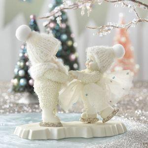 Snowbabies. We just LOVE Snowbabies.