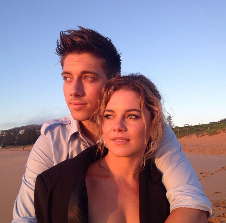Whos dating who in home and away