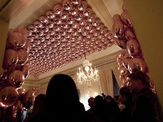 Stella McCartney Americas Society on Park Ave love the balloon ceiling