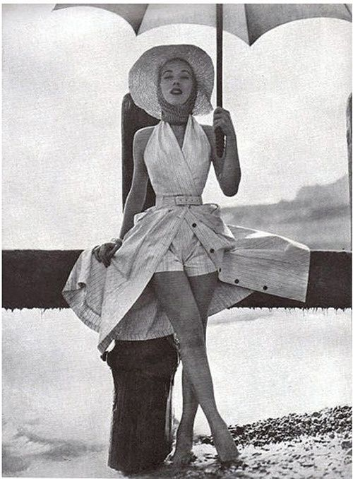 Wish we still dressed liked this...  Summer fashion for Vogue, 1954. S)