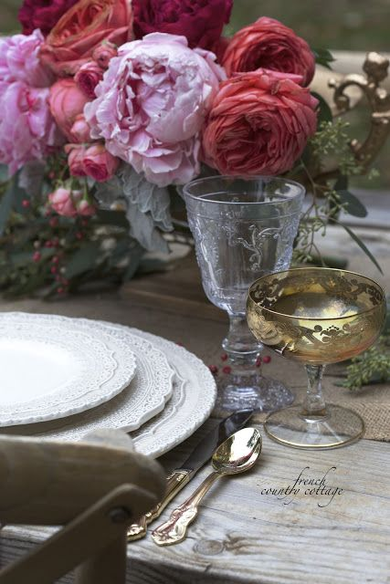 FRENCH COUNTRY COTTAGE: Romantic Thanksgiving table setting