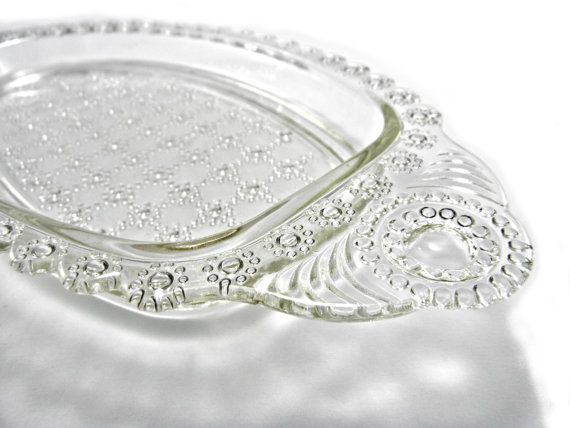 Beautiful 1930s Clear Hazel Atlas Pressed Glass Sandwich Tray with the intricate Jewel pattern. Would look beautiful on a shabby chic dresser to display flowers or trinkets or to use as servingware for hors doeuvres or cut sandwiches. The tray is in very good condition, with no