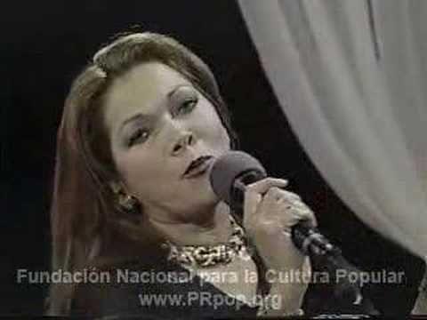 Angela Carrasco canta La Malquerida en Puerto Rico