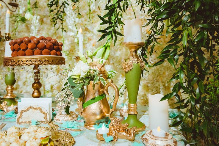 Candy Corner / Candy Bar Details - Satori Art & Event Design Vintage, Royal, Bronze, Gold, Sweets, Macarons, Cake, Weddings, Events, Elegant, Exquisite, Teal, Greenery, Green, Victorian, Inspiration, Tablescape, Design, Decor, Teapot