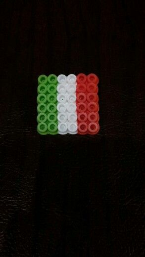 Italy flag pins for World Friendship Day with melty beads.