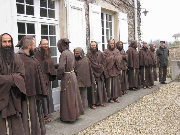 достоинства наверняка католические монахи фото навыки рукоделия