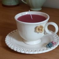 Candle in a tea cup - cream - £8.00