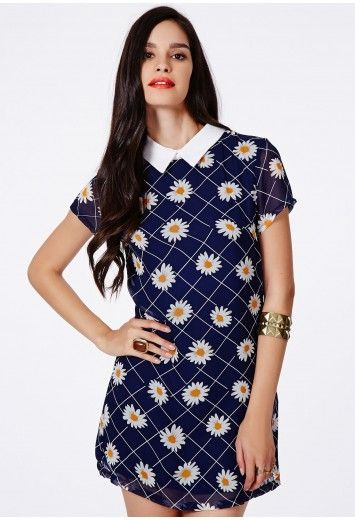 Calliea Collared Shift Dress In Daisy Print - Dresses - Shift Dresses - Missguided