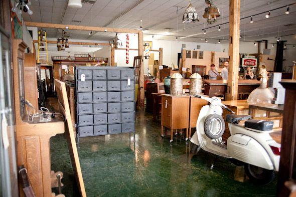 Hideaway Antiques - Parkdale