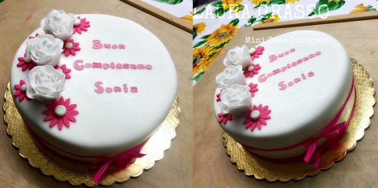 Per il compleanno di Sonia eleganza ma semplicità ...