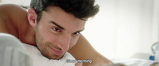 Hot GIFs of Justin Baldoni on Jane the Virgin | POPSUGAR Entertainment