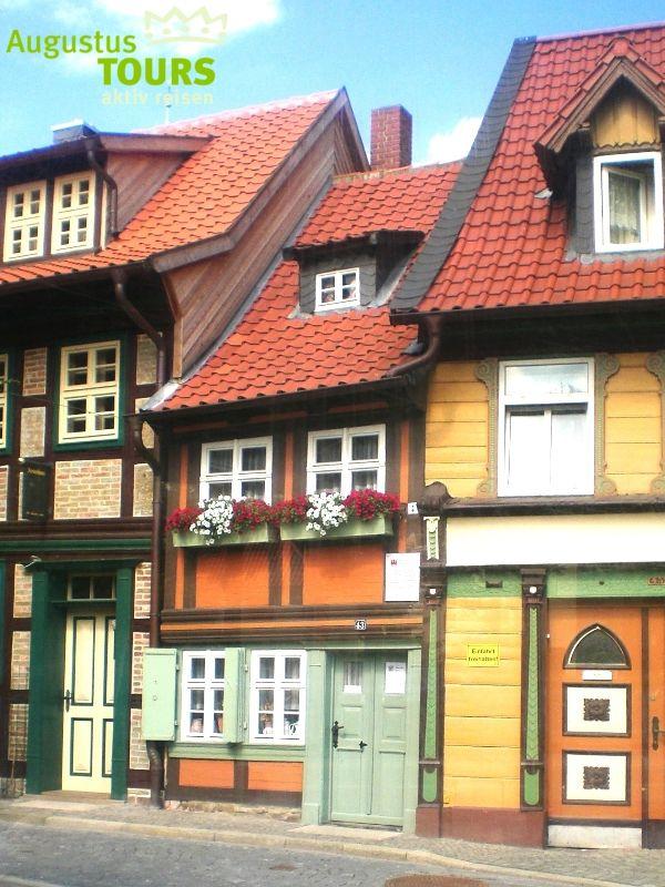 Wernigerode Kleinstes Haus © AugustusTours auf https://www.augustustours.de/de/wanderreisen/harz/harzer-hexen-stieg.html