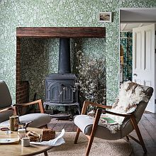 Autumn wall trends. Amazing wallpapers from Wallpaperdirect (affiliate link) #livingroomdecorideas #stylishwallpaper