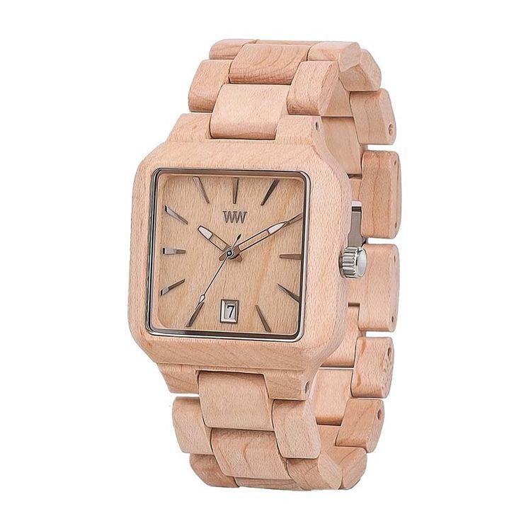 Безупречные унисекс деревянные часы от всемирно известного итальянского эко-бренда WEWOOD, браслет и корпус которых изготовлен из древесины клена розово-бежевого оттенка. Каждые проданные часы WEWOOD заменяет посаженным деревом – такова философия бренда. Часы изготовлены вручную, снабжены высо