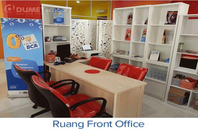 Ruangan Front Office DUMET School Tempat Kursus Website, SEO, Desain Grafis Favorit 2015 di Jakarta