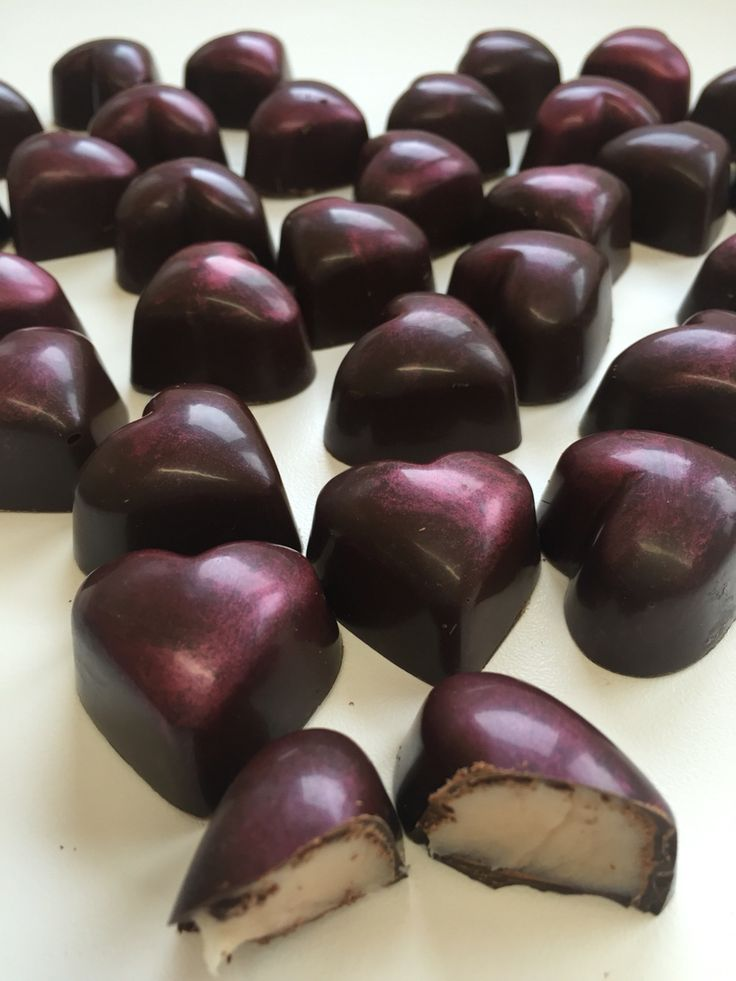 Cocoa meraki Dark chocolate strawberry ganache heart