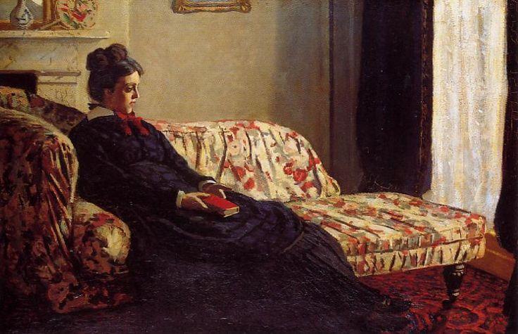 < 모네 '소파에서 명상을 하는 카미유'(1871), 유화, 48 x 75cm> 이 작품에서 카미유는 책을 손에 든 채 꽃무늬 소파 위에 앉아 있다. 창문을 바라보는 듯한 그녀의 시선은 우울해 보인다. 이 작품에서는 모네의 다른 작품들에서는 좀처럼 찾아보기 힘든 명상적인 분위기가 느껴진다. 카미유가 소파에 앉아 있는 구도는 다른 인상파 화가들의 작품에서도 발견할 수 있다. 마네의 '휴식'에서는 모리조가 소파에 앉아 있으며, 르누아르도 카미유가 소파에 앉아 있는 모습을 그린 적이 있다. 카미유의 텅 빈 시선에서 우울함이 느껴지고 그것은 금빛이 도는 액자 외에 아무런 장식이 없는 작품 정 중앙에 위치한 벽에 의해 강조되고 있다.