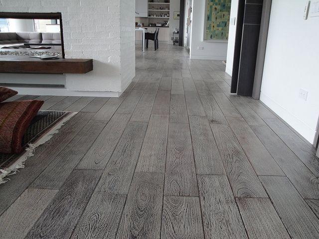 Las 25 mejores ideas sobre porcelanato madera en for Diseno pisos