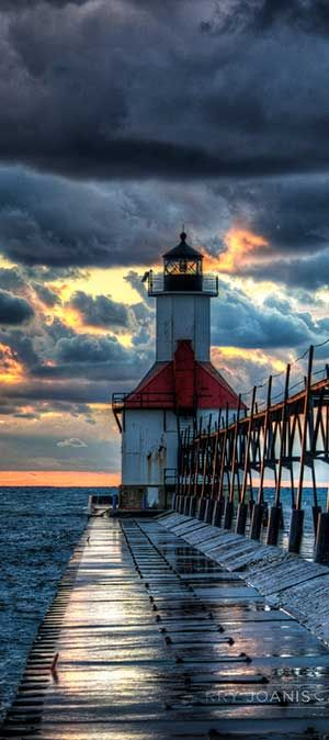 Lake Michigan Lighthouse on North Pier Two