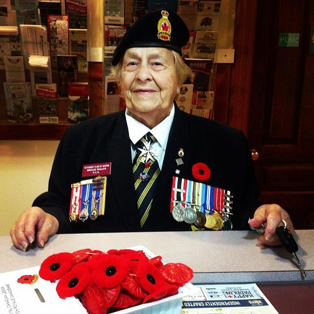 Received a visit from this lovely lady, a well decorated #war #veteran who served as a nurse in #WWII. Just a reminder that everyone is welcome to attend the #remembranceday ceremony this Saturday morning at the #MemorialSquare cenotaph in @downtownbarrie at 10:45am. Still need a #poppy? You can find them available here at the @tourismbarrie office. #lestweforget