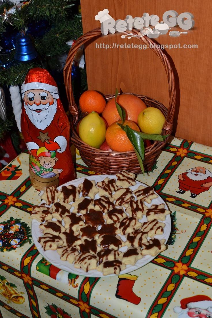 http://retetegg.blogspot.ro/2013/01/fursecuri-stelute-cu-ciocolata.html
