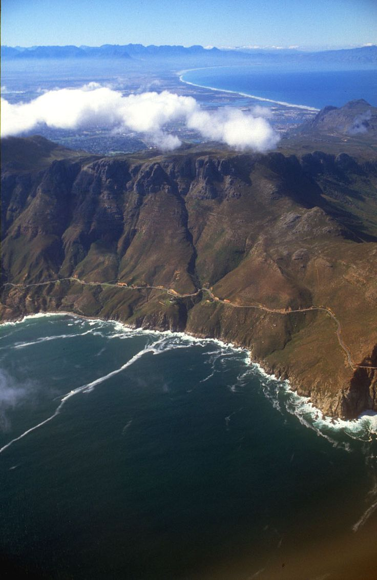 Chapmans Peak from above ~ South Africa PAÍS MARAVILHOSO!!!! VERA S. A. DE LIMA.