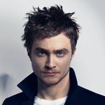 Harry Potter aka Daniel Radcliffe. Looks like Zac Efron & Elijah Wood