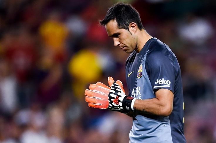 @C1audioBravo has set an all-time #LaLiga record by not conceding a goal in the first 561 minutes of the season.