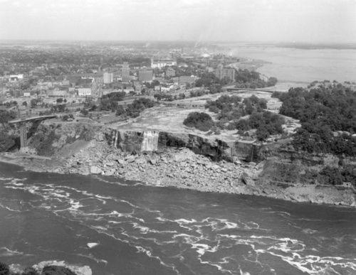 ナイアガラの滝から水が消えたら?