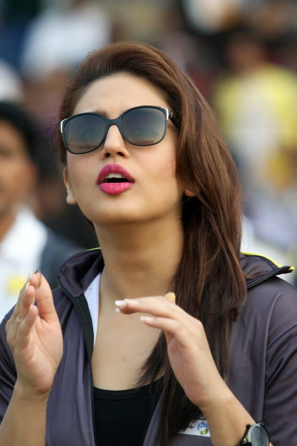 Huma Qureshi at Jamnabai Narsee, Huma Qureshi Unseen Stills, Huma Qureshi Pics, Huma Qureshi Photo Gallery, Huma Qureshi Stills, Hindi Actress Huma Qureshi, Huma Qureshi Pictures, Huma Qureshi images, Huma Qureshi Photos, Huma Qureshi Photoshoot Stills, Bollywood Actress Huma Qureshi Thigh Show, High Quality Huma Qureshi Pics, Huma Qureshi Photo Gallery with no Watermarks, Huma Qureshi Images, Huma Qureshi Wallpapers, Huma Qureshi Latest Photo Gallery, Huma Qureshi Latest Stills, Actress…