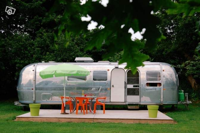 location insolite caravane am ricaine airstream locations de vacances c tes d 39 armor leboncoin. Black Bedroom Furniture Sets. Home Design Ideas