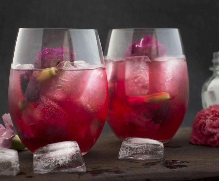 Recipe Carnation green tea cocktail by alycealexandra - Recipe of category Drinks