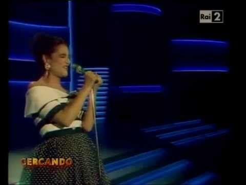 """Mia Martini -  """"Almeno Tu Nell'Universo"""" (dal vivo) Sanremo 1989 re-edit..."""