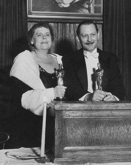 The 4th Academy Awards   Oscar Legacy   Academy of Motion Picture Arts and Sciences 1930/31  Best Actress and Actor  Marie Dressler....Min and Bill Lionel Barrymore....A Free Soul
