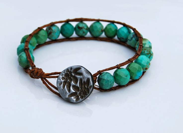 This is the tutorial for the Irish linen wrap bracelet.  For me, it's the second video down.Bracelets Tutorials, Crafts Ideas, Wraps Bracelets, Beads Bracelets, Dyi Bracelets, Diy Crafts, Crafts Projects, Make Bracelets, Diy Bracelets