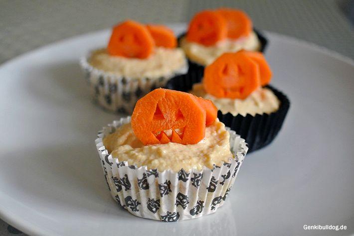 http://www.genkibulldog.de/2014/10/hunde-halloween-kurbis-cupcakes-dog.html